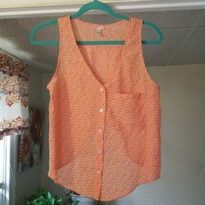 Lira brand extra small button down top